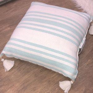 Target beach coastal throw pillow w/tassels